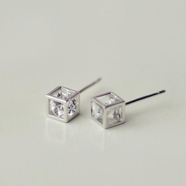 STK001SV-N 銀白色-耳針款