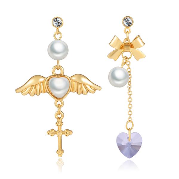 STK072 天使翅膀桃心水晶玻璃不對稱黏式耳環