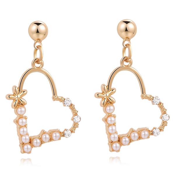 STK335 簍空珍珠愛心鑲鑽 無耳洞黏貼式耳環