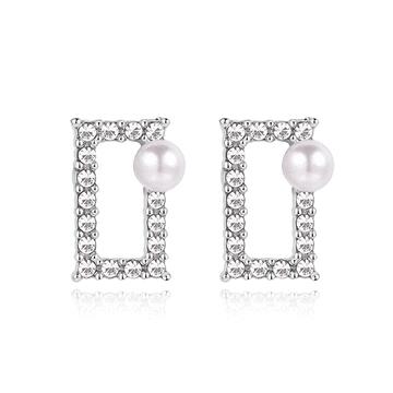 【結帳6折】氣質珍珠簍空鑲鑽方形 無耳洞黏貼式耳環