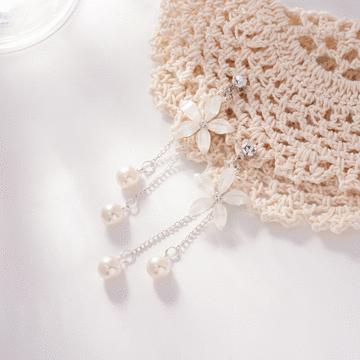 優雅氣質花瓣珍珠流蘇 耳針/無耳洞黏貼式耳環