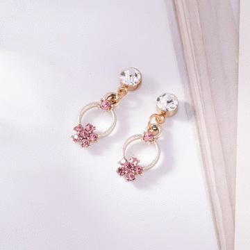 甜美氣質花朵鑲鑽 無耳洞黏貼式耳環