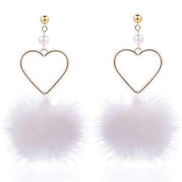簍空愛心珍珠貂毛圓球 耳針/無耳洞黏貼式耳環
