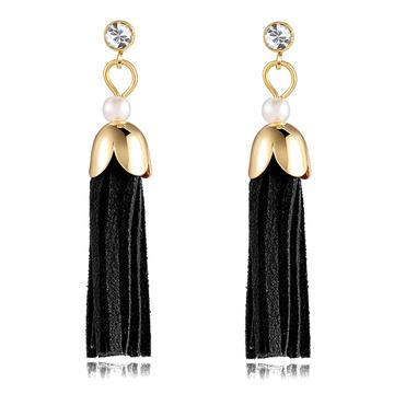 時尚氣質珍珠流蘇黏式耳環