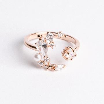 繁花環繞滿鑽開口戒指