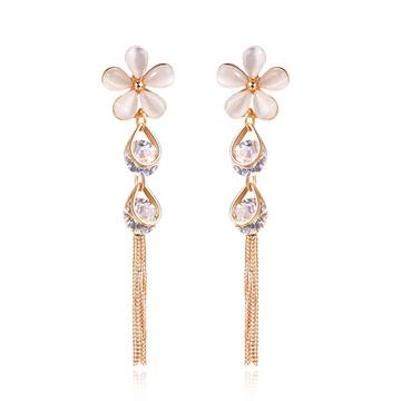 氣質五葉花瓣水滴鑲鑽 耳針/黏式耳環