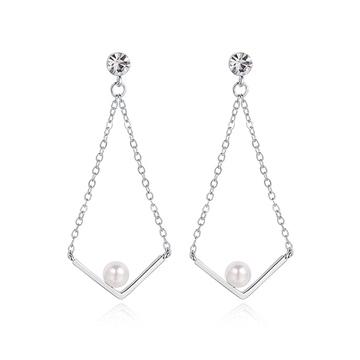 【2件85折】金秘書為何那樣相似款-簡約V字珍珠鑲鑽 黏式耳環