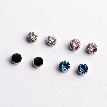 迷你精巧經典圓鑽 無耳洞黏貼式耳環 (5mm)