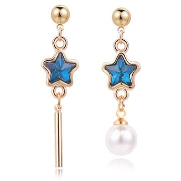 【限時199元】深邃藍鑽五角星珍珠不對稱 耳針/無耳洞黏貼式耳環