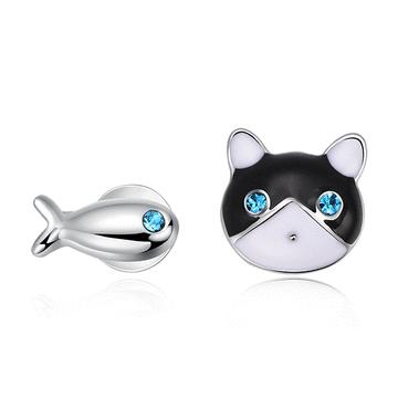 貓與小魚不對稱黏式耳環