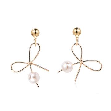 氣質簡約不對稱蝴蝶結珍珠 耳針/黏式耳環