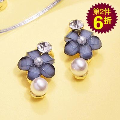 【第2件6折】氣質鑲鑽珍珠花朵 無耳洞黏貼式耳環
