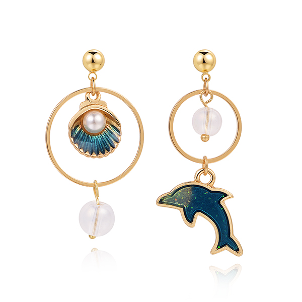 STK494 不對稱海豚珍珠貝殼 耳針/黏式耳環