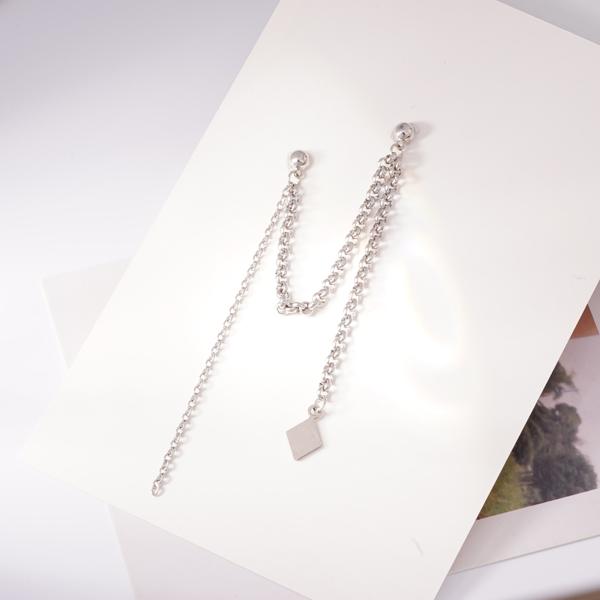 STK445 韓版單邊菱形鏈條 耳針/無耳洞黏貼式耳環